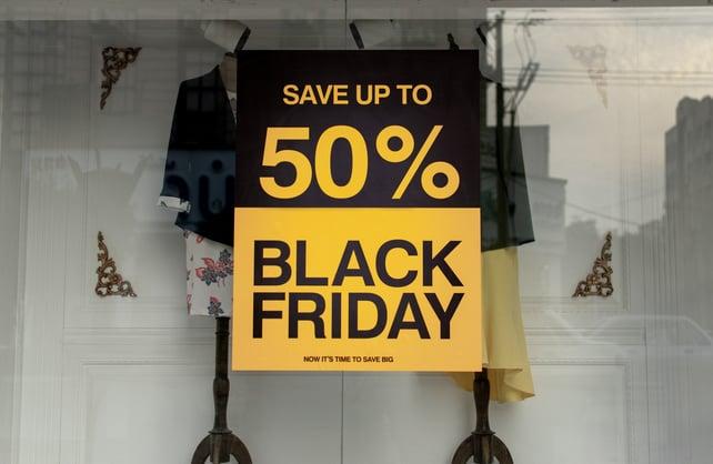 black-friday-sale-sign